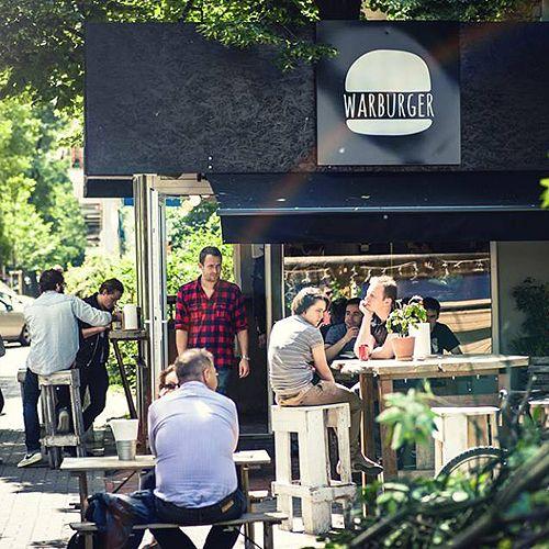 Warsaw loves Warburger!