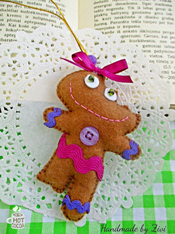 Funny Felt Gingerbread Christmas Ornament by elrinconcitodezivi