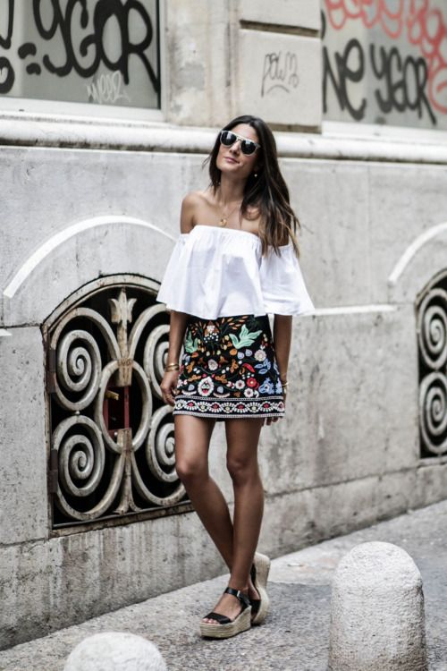 justthedesign: This gorgeous embroidered mini skirt is an...