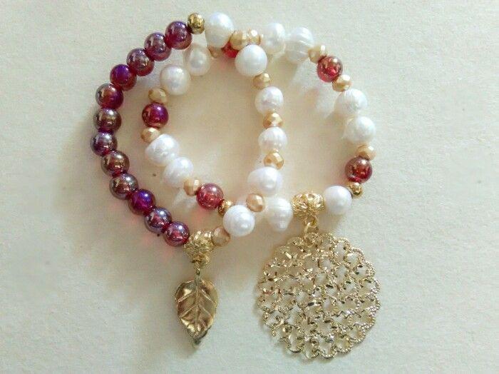 Dúos de pulseras, vidrio, perlas cultivada, murano, zamak.