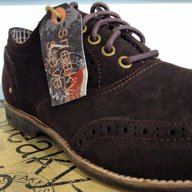 Ställ in flip-flopsen och förbered dig för hösten med nya, snygga skor från Sneaky Steve. Från 550 kr. #sneakysteve