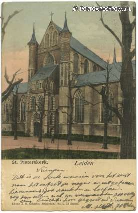 The 'Sint Pieterskerk' on a postcard from the 20th Century.