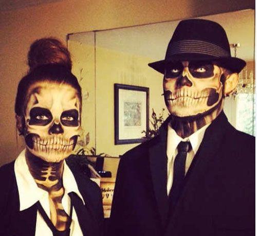 Skeleton Couples Halloween Costume  #Skull #Makeup #DIY