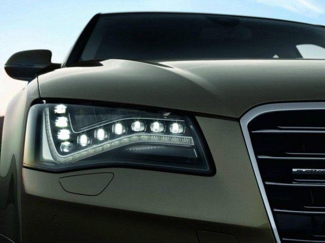 The headlights of Audi make my head spinning,,, :*)