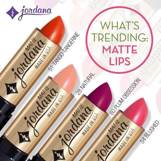 Распродажа культовой помады от Kylie Jenner - matte lipstick #губы #губыфото #красивыегубы #губыкартинки #губырисунок