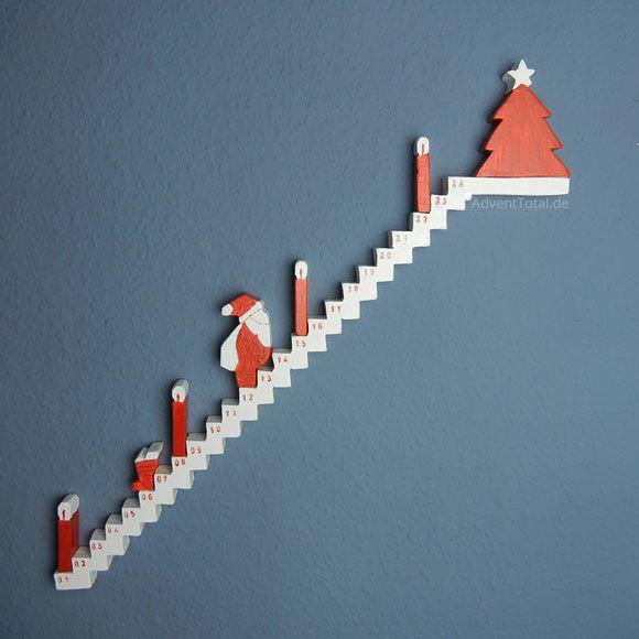 Adventskalender Treppe mit Figuren aus Holz selber basteln – DIY  – Kleine Geschenke