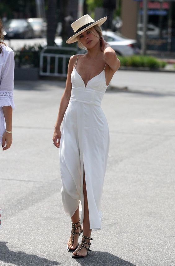 White dress with sandals and hat - LadyStyle