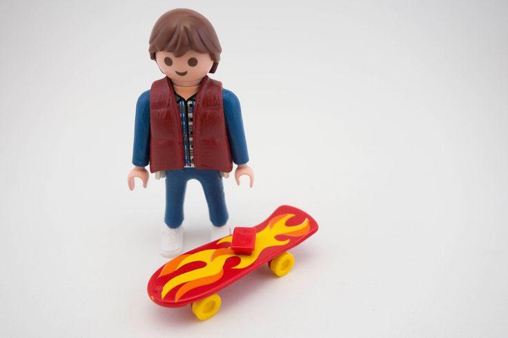 Marty Mcfly playmobil costum -  back to the future - bttf - DeLorean - nike mag de Hartesania en Etsy