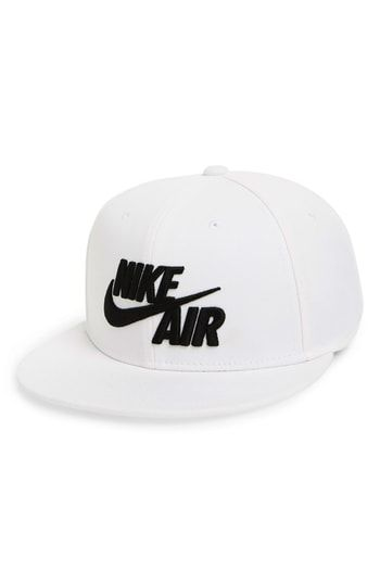 876a9e92a70 NIKE AIR TRUE SNAPBACK BASEBALL CAP - WHITE.  nike