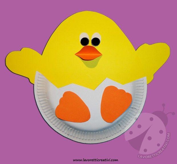 Un simpatico pulcino all'interno di un uovo da realizzare per Pasqua. Vediamo ora nel dettaglio il materiale e i passaggi da eseguire. LAVORETTI PER PASQ