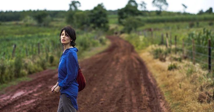 http://ift.tt/2hCZOnV http://ift.tt/2hnoQvu  Continúa el rodaje de Una especie de familia de Diego Lerman con la reconocida actriz española/argentina Bárbara Lennie (ganadora del Goya 2015) Daniel Aráoz Claudio Tolcachir y la presentación de Yanina Ávila.  El film cuenta con la producción de CAMPO CINE (ARGENTINA) en coproducción con BOSSA NOVA (BRASIL) STARON FILMS (POLONIA) BELLOTA FILMS (FRANCIA) 27FILMS (ALEMANIA) y tiene previsto su estreno para Septiembre de 2017 y será vendido…