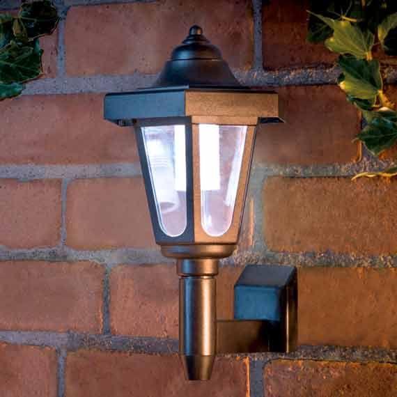 Solar Coach Wall Lights : 25+ basta Solar wall lights ideerna pa Pinterest Brevlada och Sollampor