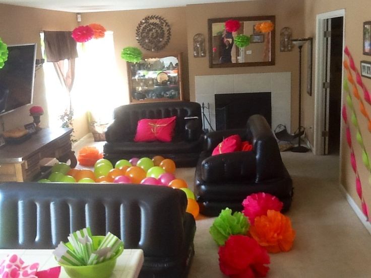 12 best images about sweet 16 on pinterest sleepover for Home sweet home party decorations
