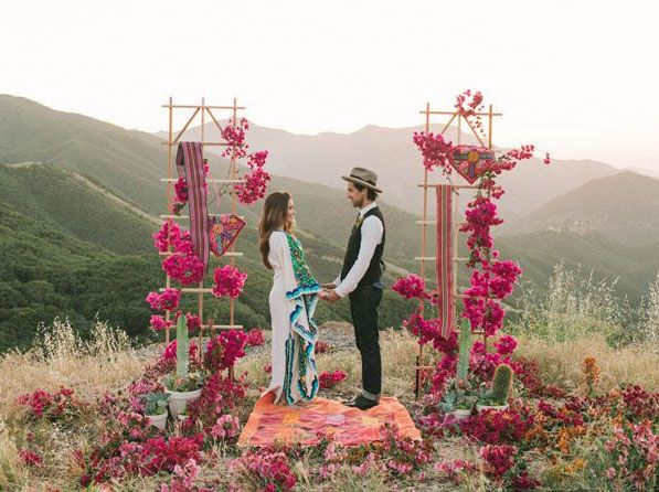 Bohemian/Hippie Weddings Began The Outdoor Wedding Movement, From Churches  To Free Open Fields