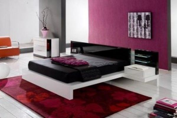 black red white and purple bedroom Saras Room Pinterest