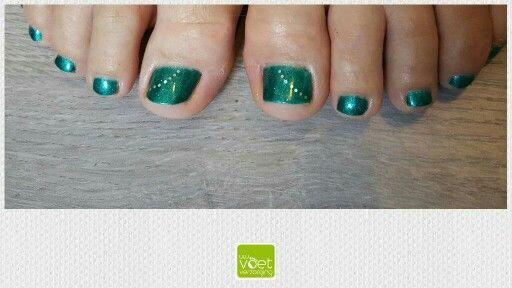 Groene Glitters! #gelpolish #Magnetic #MandFGreen #Glitter