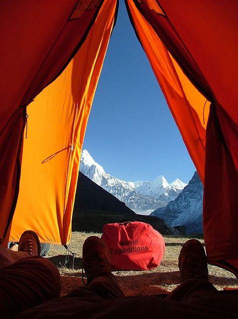 Sneak peek of the Himalayan mountains.