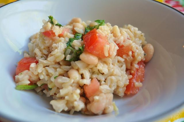 Northern bean & rice salad. Good for eating with tacos or as a topping for fish.