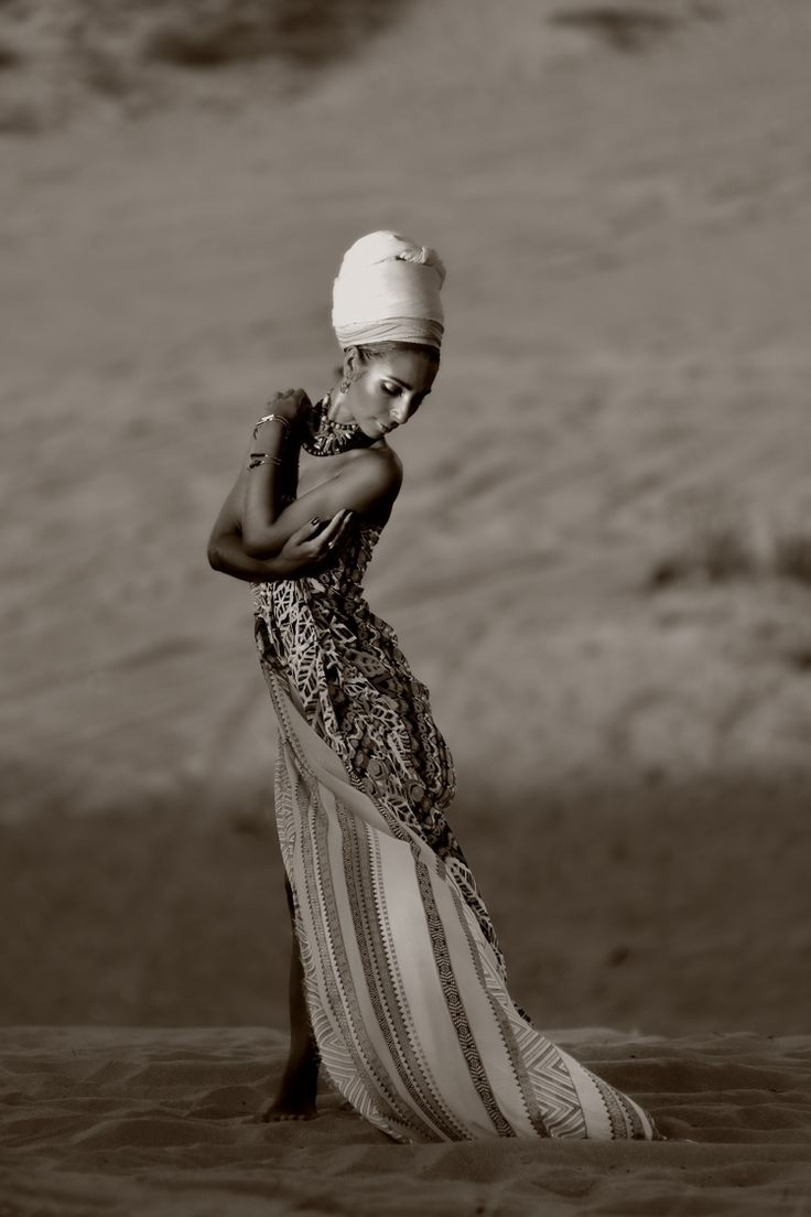 Фотосессия в пустыне от Eva&German Studio. Сайт: http://www.evagermanstudio.com/ Телефоны: 054-3574114; 054-3610384