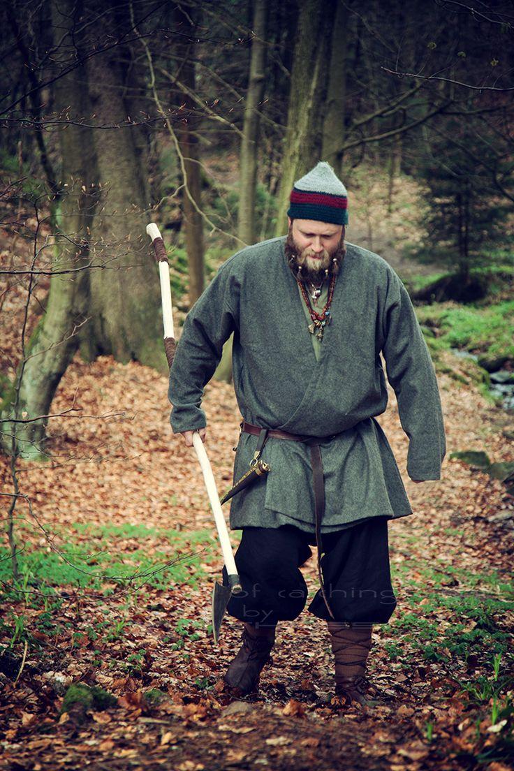 "Norse/German/ Mythology Projekt ""The Huscarl"" 💃Ⓜ️ 👠 > Florian 📸 > ""the fine Art of catching Light"" by Pit Theiss Special Thanks to Burgschneider #thefineartofcatchinglight #pittheissphotography #photopoetry #storytelling #fineartphotography #portraitphotography #medieval #germanmythology #mythology #fantasy #vikingstyle #nordic #asatru #history #vikinglife #vikings #norce #norcemythology #shieldmaiden #pagan #veturinnnálgast #burgschneider"