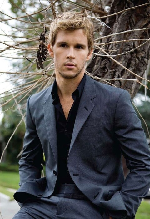 ryan kwanten. -- he plays Jason Stackhouse on True Blood; what a character (dumb blonde mixed with hotness).