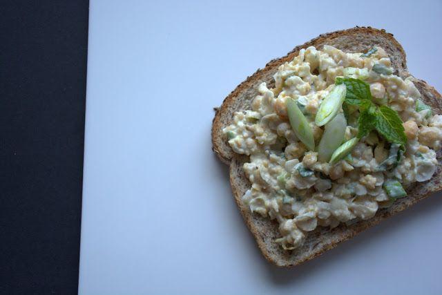 Crushed chickpea sandwich spread #yegfood #eatrealfood #sandwich #chickpeas