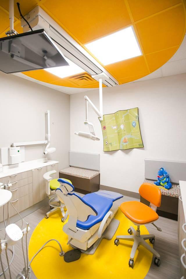 A Dec 500 Dental Chair Colorful Pediatric Dental Practice Clinic Interior Design Dental Design Dental Office Design