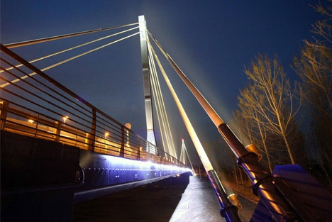 Adda Bridge (SS591 Cremasca), Castiglione d'Adda - 800m of led strips run along this bridge: light linking land together, beams running up the poles that give strenght to this infrastructure.