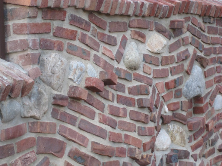 Crazy Brick U0026 Stone Retaining Wall ... Bet @Jill Meyers Parsons Wonu0027