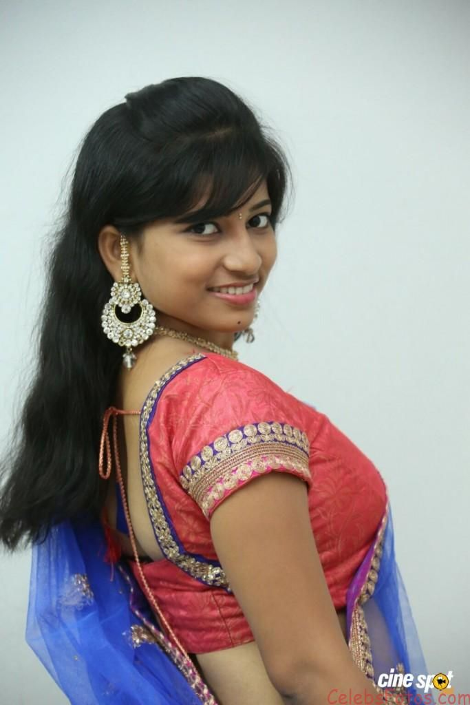 Eeshwa Shetty Hot Photos