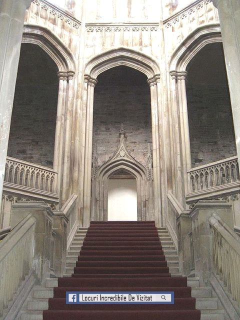 Castelul Margam - scara interioară  Like & Share daca va place.