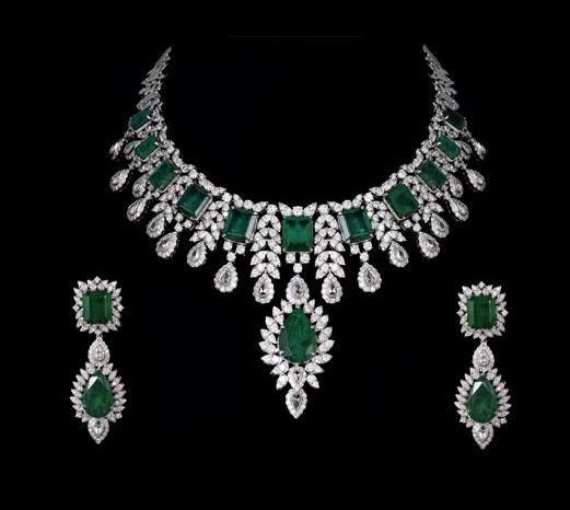 An enchanting Jewellery set