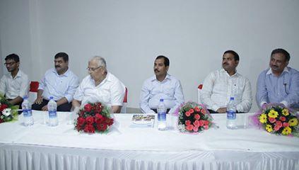 (From the left) Mr. Manoj Petterson, Mr. PN Singh, Mr. Rishi Kumar, Dr. Mrityunjay Kumar, & Mr. Pankaj Tyagi were the dignitaries representing Amrapali Group who addressed the students during the Orientation Programme.