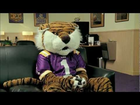 Les Miles & Mike the Tiger EA Sports NCAA Football 12 Commercial. #LSU