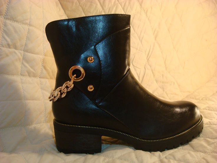 Black Biker Boots with gold chain - €34.99 More info:  www.facebook.com/houseofcrazze
