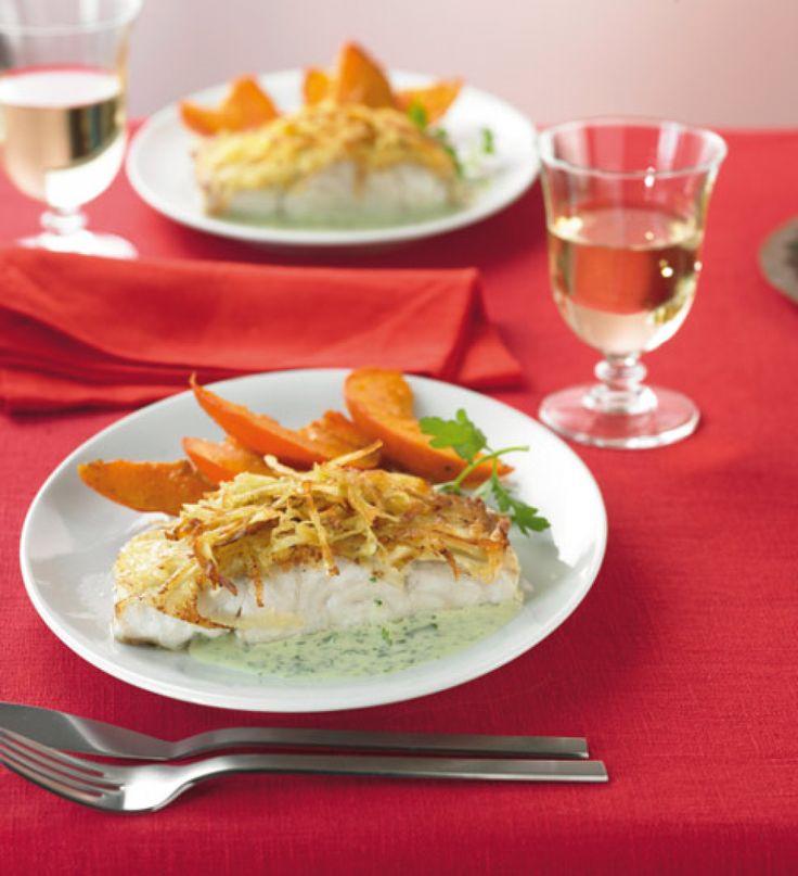 Rezept für Seelachs mit Kartoffelkruste bei Essen und Trinken. Ein Rezept für 4 Personen. Und weitere Rezepte in den Kategorien Fisch, Gemüse, Getreide, Gewürze, Kartoffeln, Kräuter, Milch + Milchprodukte, Hauptspeise, Braten, Dünsten, Kochen, Einfach, Raffiniert.