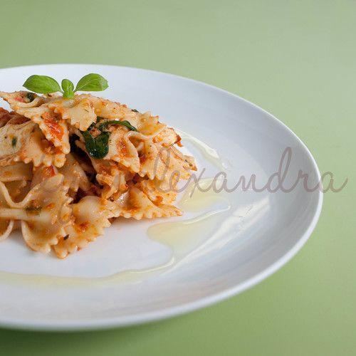 Sun Dried Tomato & Spinach Pesto