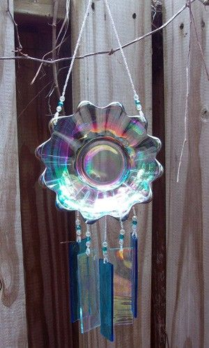 I love all the chimes in this person's shop, but especially this one. #glass #iridescent #decor #chime #chimes #windchimes #decor #garden