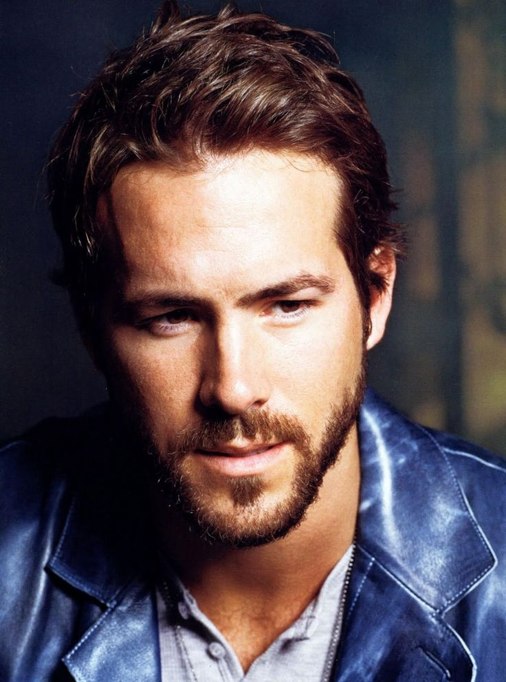 How can I even attempt to resist you, Ryan Reynolds? You're like a Venus fly trap for women. I surrender.