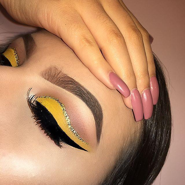 21 Beautiful Cut Crease Makeup Looks