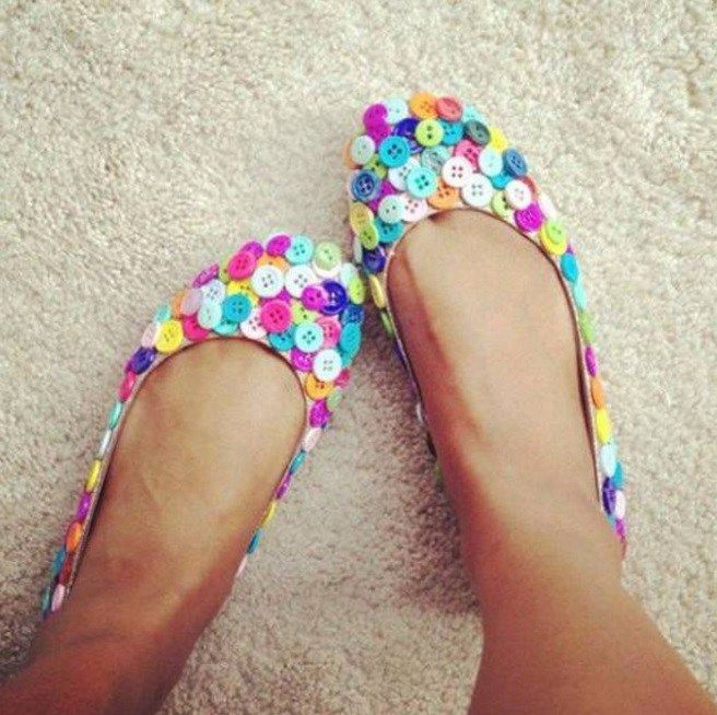 Clothes Buttons Recycled and Transformed Into a New Shoes