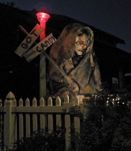 17 Best Images About Halloween Props On Pinterest