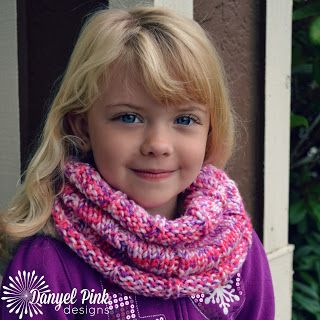 Free knitting pattern: Maria Cowl by Danyel Pink Designs in child and adult sizes