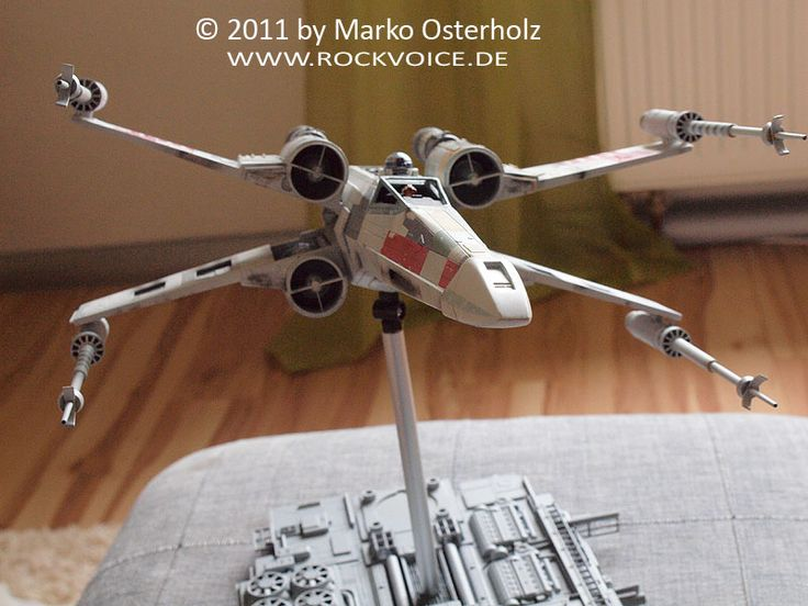 """X-Wing Red Five as seen in STAR WARS """"a new hope"""" STAR WARS with all vehicles, characters, names and designs is © 1977-2004 Lucasfilm Ltd.  The ultimate conversion into ILM style hero X-Wing in 1:49          After having tested differe"""