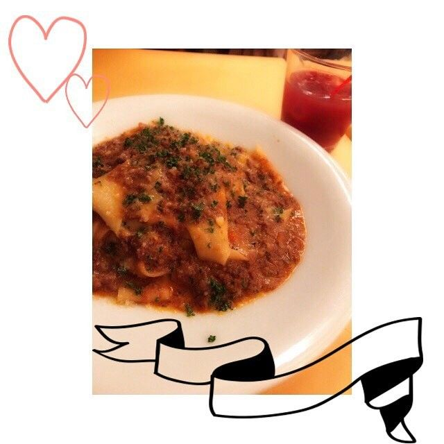 . ☆……………………………………… こないだ食べた 牛テールの赤ワイン煮込み パッパルデッレ🍴❤️ 本当に美味しすぎ😊✨ ………………………………………☆ . #pasta#beef#Italia#very #yammy#イタリア#リストランテ#パスタ#牛#肉#牛テール#赤ワイン煮込み#サングリア#美味しかった #いいねした人全員フォローする #f4f #l4like #フォロー #フォロバ #フォロワー #フォローミー #follow4follow #instagood #l4l #like4like #follow #happy