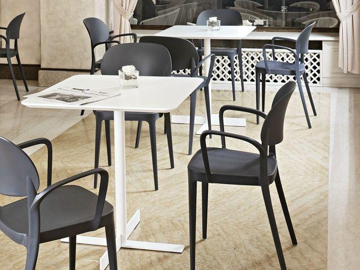 Mobilier pour hôtel bar restaurant  http://www.mobilier-hotel-bar-restaurant.com/tabourets-modernes-et-design-pour-bar-restaurant-et-terrasse-c6.html