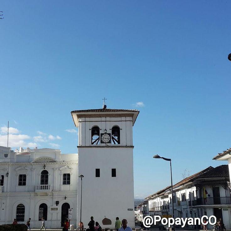 #Clima #PopayánCO min: 15ºC max: 26ºC Mañana: Cielo Parcialmente Despejado  Tarde: Nublado  Noche: Nublado