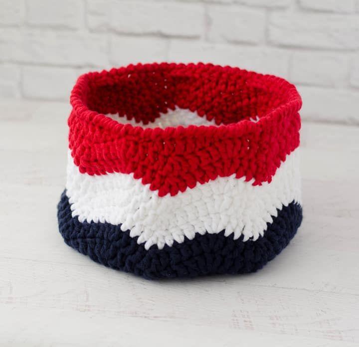Crochet Flag Basket – Waves of Glory