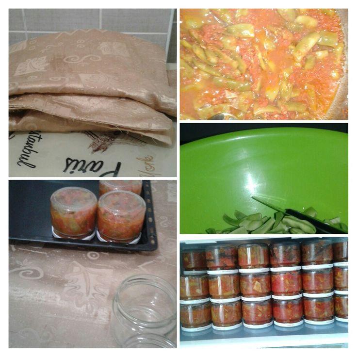 Kislik fasulye 2 kilo fasulye  5 kilo domates 2 tatli kasigi tuz 1 tatli kasigi seker 1 su bardagi zeytin yagi
