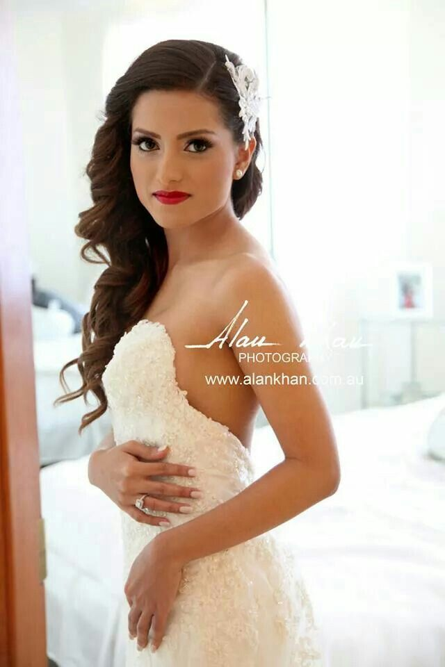 love the swept side hair with hairpiece for bride